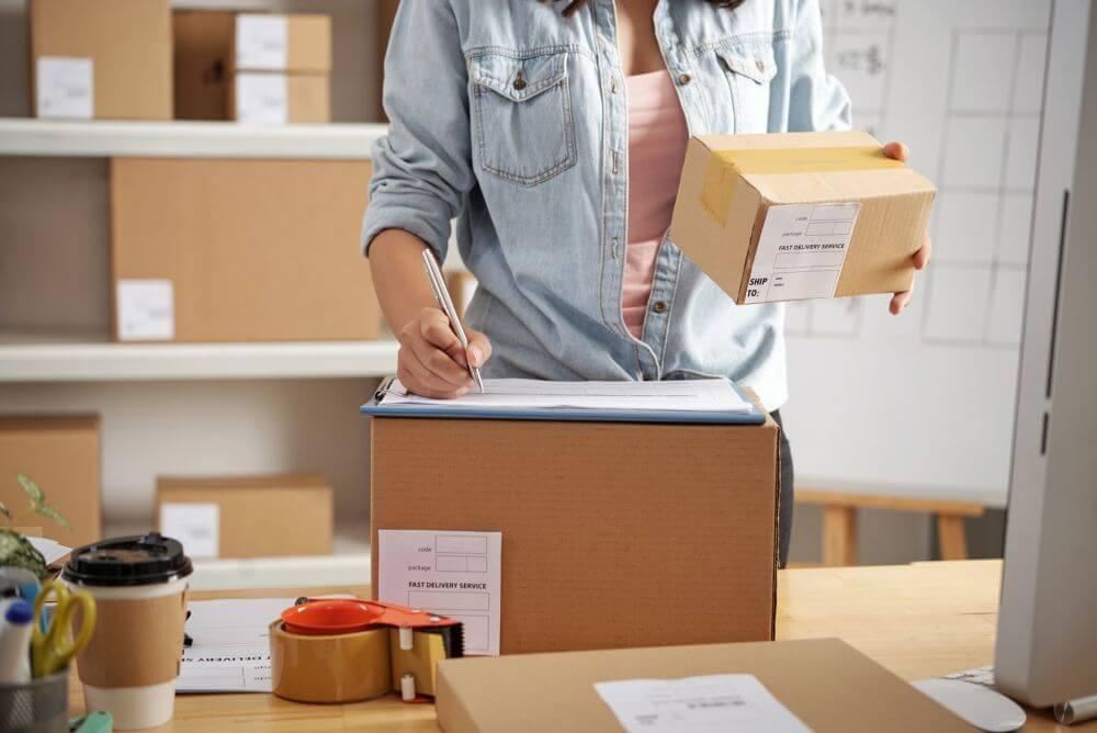 opakowania dla e-commerce do wysyłki książek i płyt